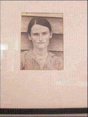 צילום מסדרת הצילומים של Walker Evans, Let Us Now Praise Famous men צילומים אלו נעשו בשנות השפל הכלכלי בארה