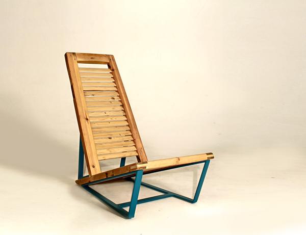 כיסא בעיצוב עומר לוי