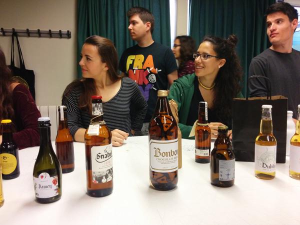 מיתוג לבקבוק בירה, חלק מקורס טיפוגרפיה מעשית
