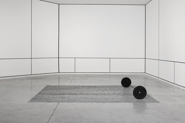 נעמה ערד, מתוך המיצב הר שולחן, 2015. צילום: נעמה ערד
