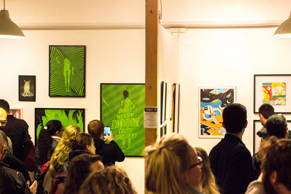משמאל יוניל, מימין אלנה מתוך ערב הפתיחה. צילום: פריטימס קולקטיב