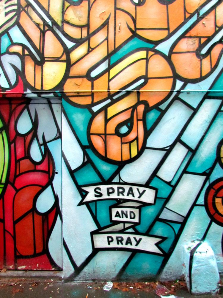 Spray and Pray. צילום: טלי קליפשטיין