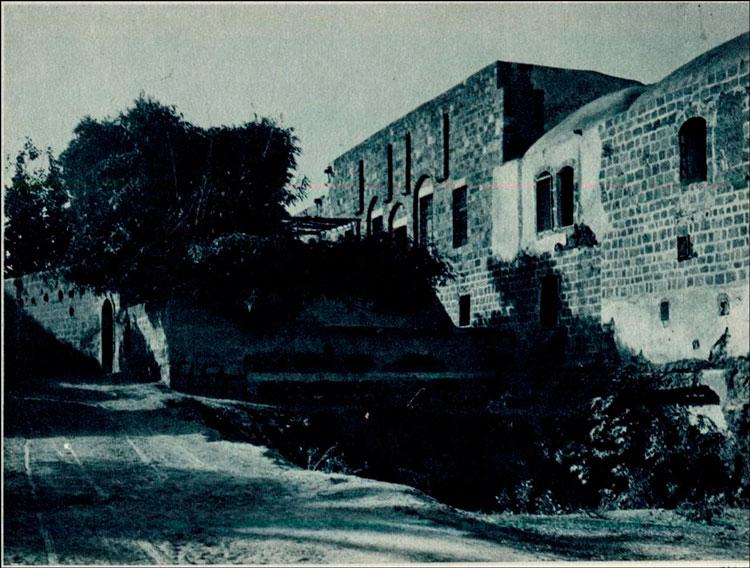 בית הבילויים - תמונה היסטורית משנת 1920 מספרו של Scholten