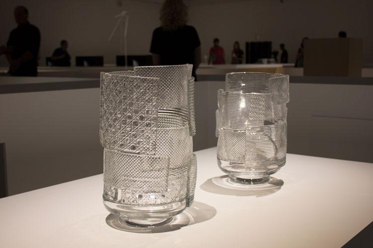 זכוכית טלאים, ננדו: המרווח שבין לבין. צילום: שני הרצברג