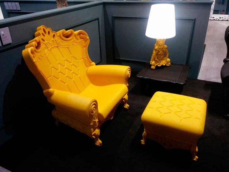 כיסא בהזרקת פלסטיק, סלון דה סטליטה.צילום: שיר שמואלי