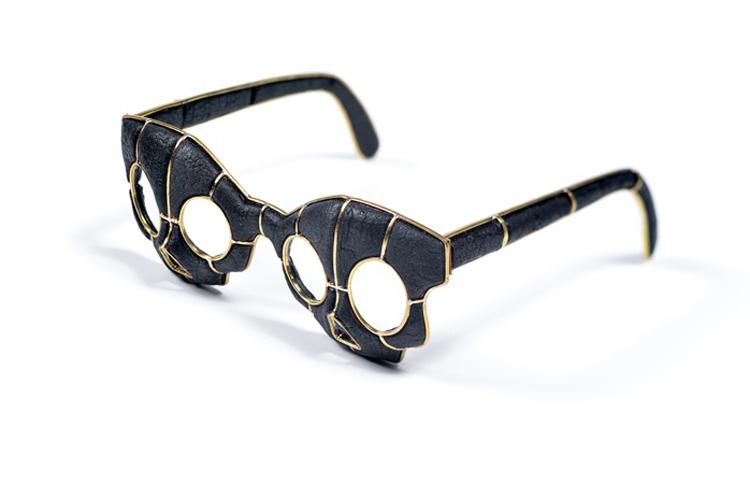 גרגורי לרין, משקפיים באסטתיקה מורבידית. צילום: יח