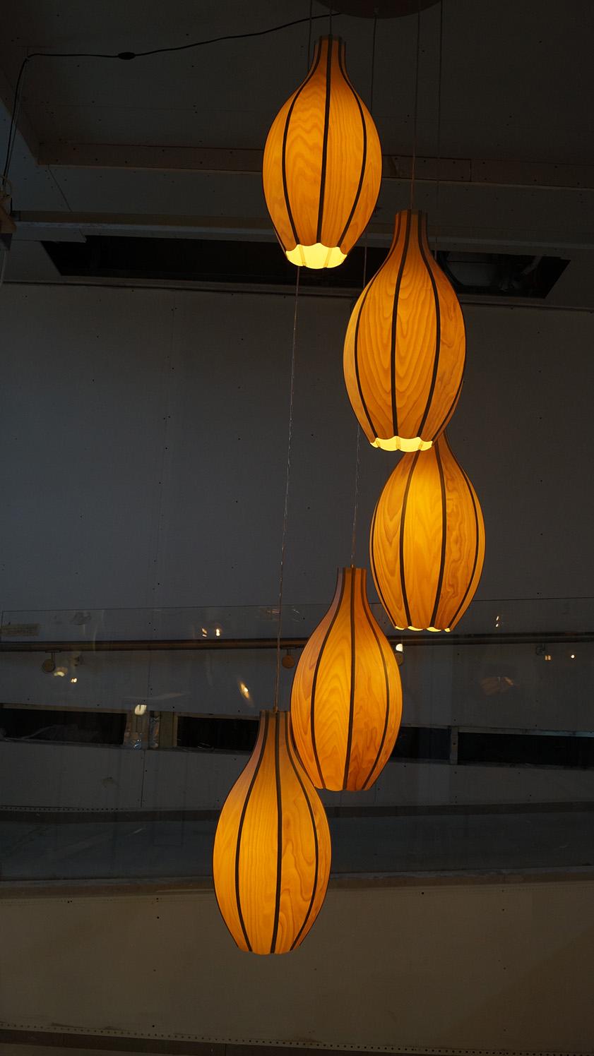 גופי תאורה ״mabua״ , אביעד פטל. צילום: אריאלה מרטינז