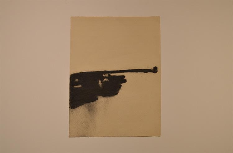 ״קולוריסט מינורי״, איל דניאלי, פחם על נייר, 2017