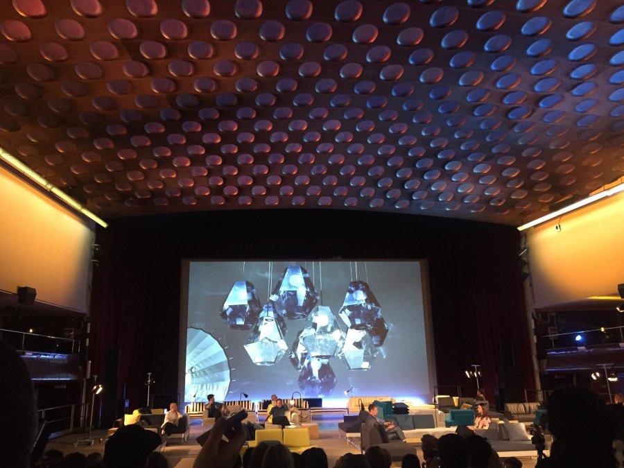 האולם ב TEATRO MANZONI. צילום: טל צור