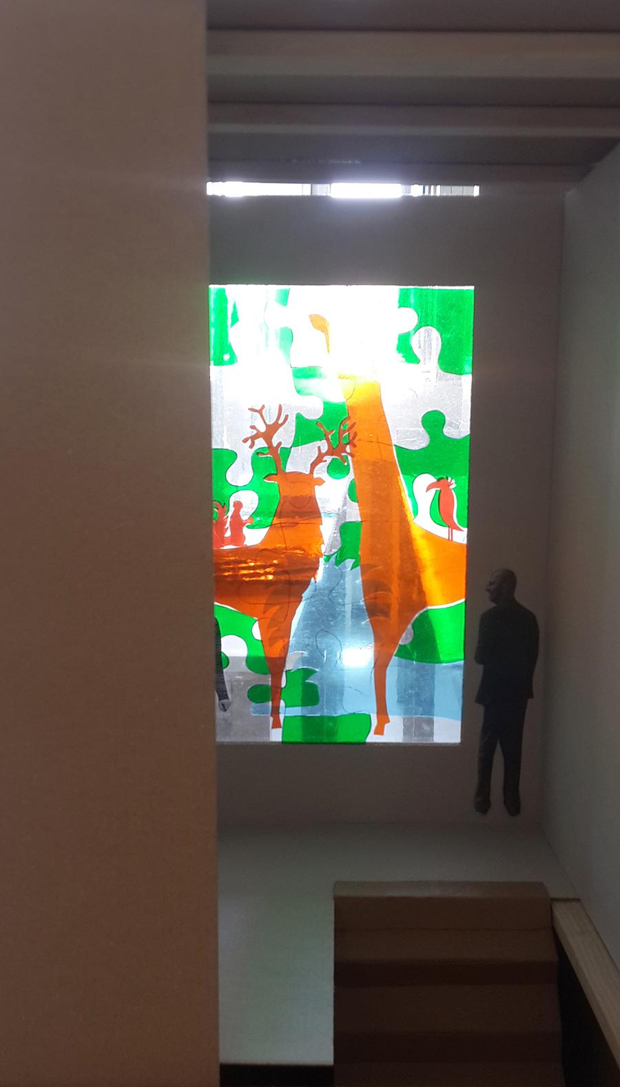 הגשה בM0ME- מודל מוקטן של מבנה, הגשה בעיצוב זכוכית