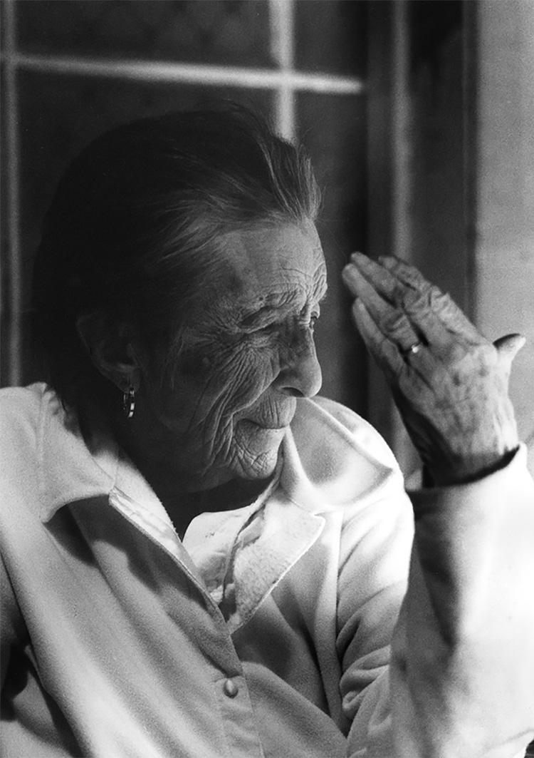 דיוקן של לואיז בורז'ואה, 2003, תיק עיתונות