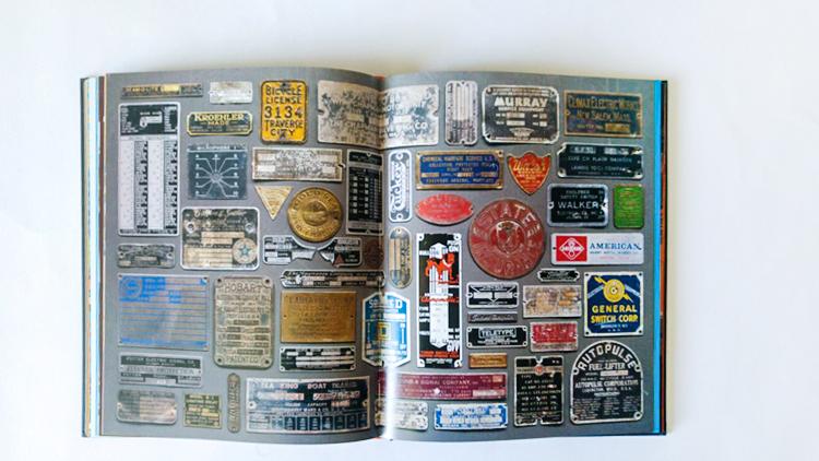 אוסף לוחות מתכת, מתוך מגוון האוספים של דרפלין.