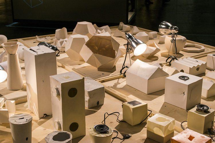 המחלקה לעיצוב תעשייתי של פולקוואנג מציגים ב- International Interiors Show Cologne 2017
