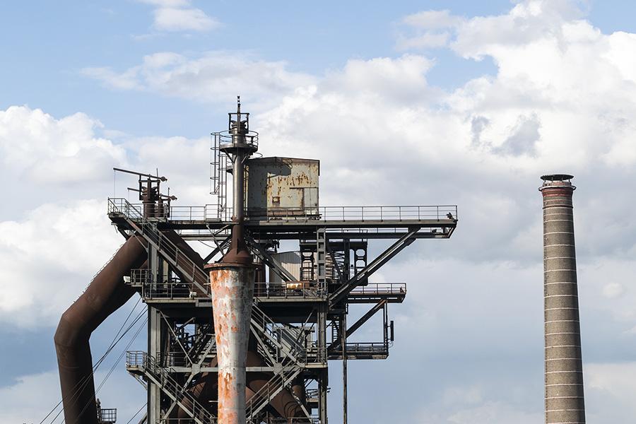 המפעלים ננטשו וקיבלו תפקיד אחר. Landschaftspark Duisburg-Nord