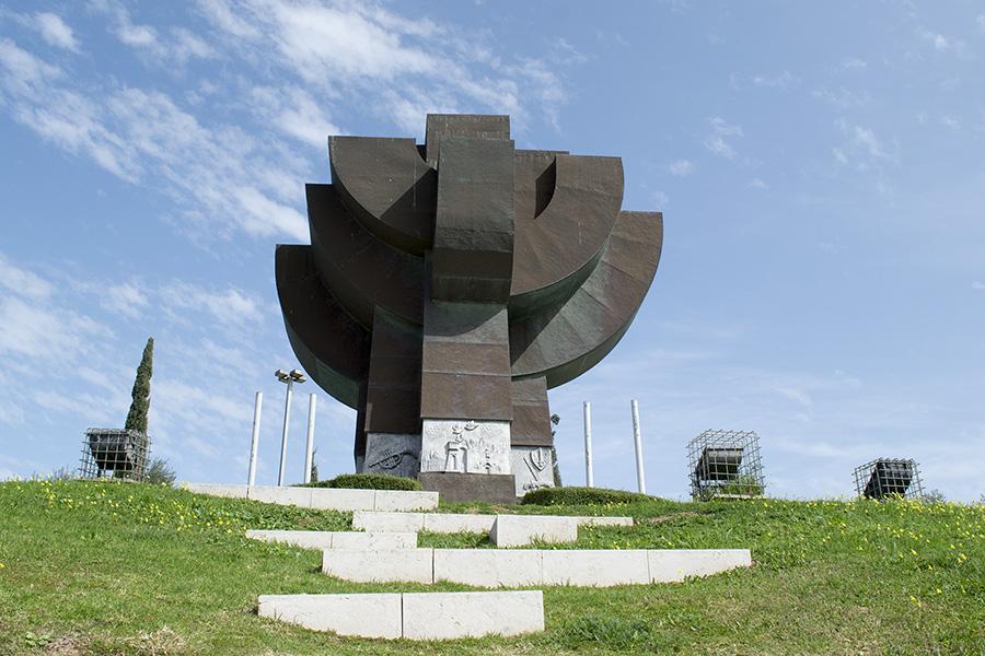 אנדרטת התקומה, 1999, ראשון לציון. צילום: איתי ברן