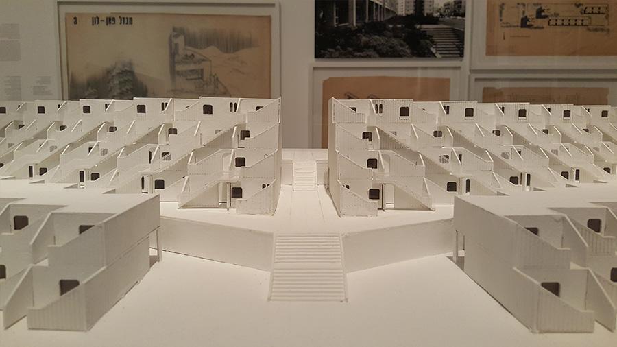 מודל של מתחם שכונת גילה, ירושלים. הדגם נבנה על ידי הסטודנטים גיא כרם, ניצן ברטוב ורן ענפי בהנחיית אביגדור פטל, מהפקולטה לאדריכלות מאוניברסיטת תל אביב.