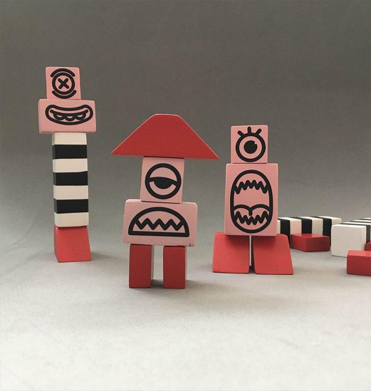 קוביות משחק של איתמר מרמור. צילום: איתמר מרמור