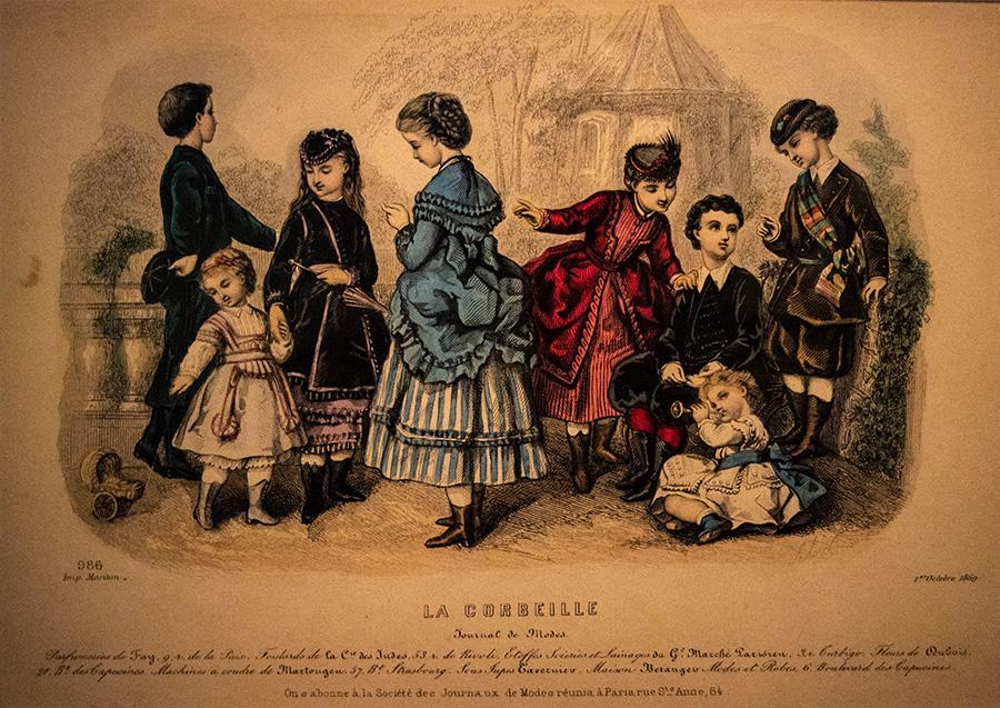 אלואיז סוזן קולה ללואר, צרפתייה, 1819-1873, מתוך עיתון האופנה לה-קורביי (הסלסילה), תחריט צבוע