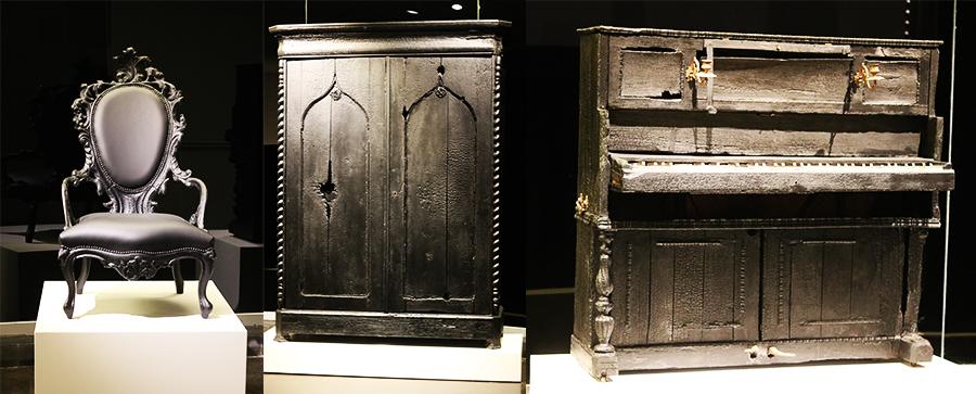 פסנתר, ארון מצעים וכורסא מהמאה ה-19 שבאס שרף ושימר. חלק מסדרת