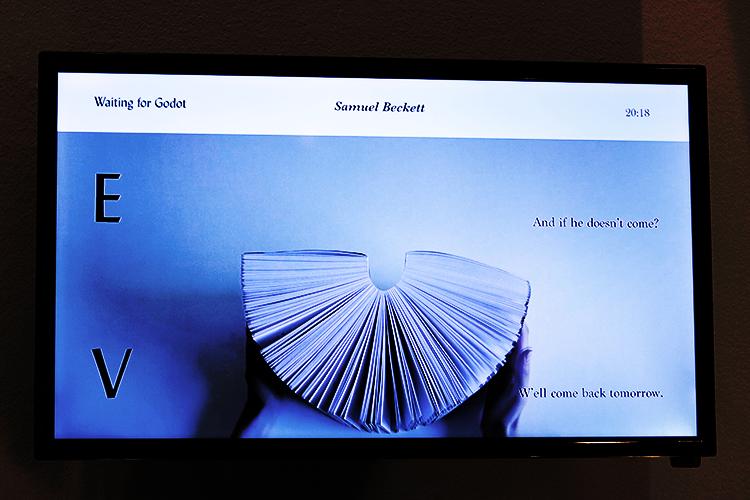 עבודת וידיאו ארט של מאי רזניק, צילום ועריכת וידיאו: רותם גרידיש.