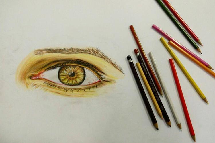 עין בצבעי עיפרון