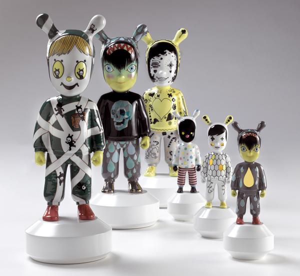 דמויות מקרמיקה בעיצובו של חיון. צילום: סטודיו חיימה חיון