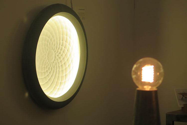 סטודיו קאהן, סדרת ויטריוס אפור. גופי תאורה חדשים של הסטודיו.