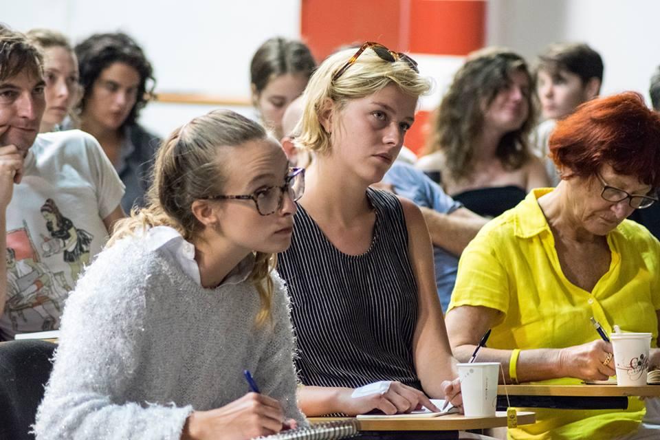 המשתתפים עברו הרצאות בנושאים מגוונים. צילום: תומר יצחק