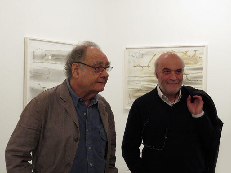 יגאל צלמונה ומיכה אולמן בפתיחת התערוכה. צילום: ידידיה איש שלום