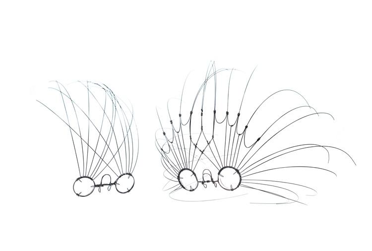 קובי סיבוני, משקפים שמייצגות את זרימת האוויר סביב כדור. צילום: יח
