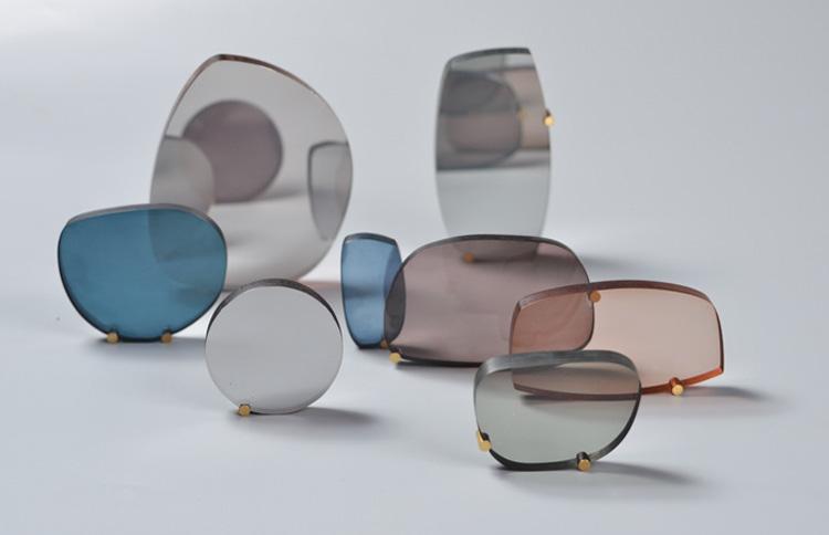 רונה זינגר, משטחי זכוכית לא קמורים. צילום: יח