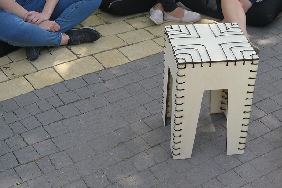 כיסא אזיקונים. צילום: אשריאן מירב