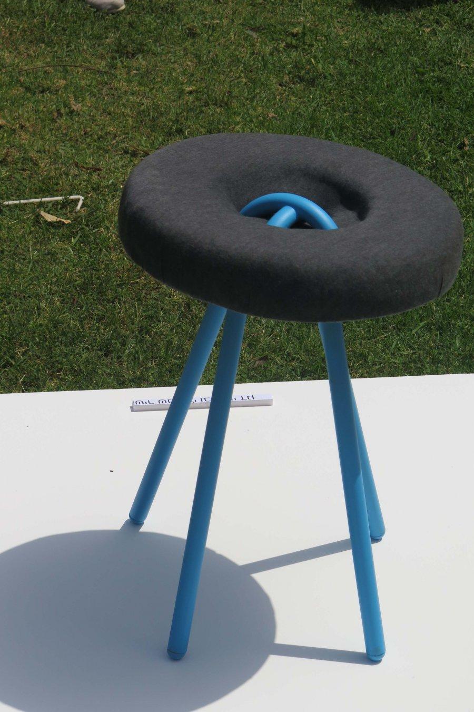 כיסא כפתור. צילום: אשריאן מירב