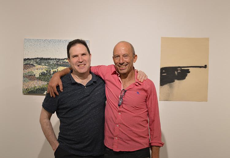 חנן שלונסקי ואיל דניאלי בערב פתיחת התערוכה