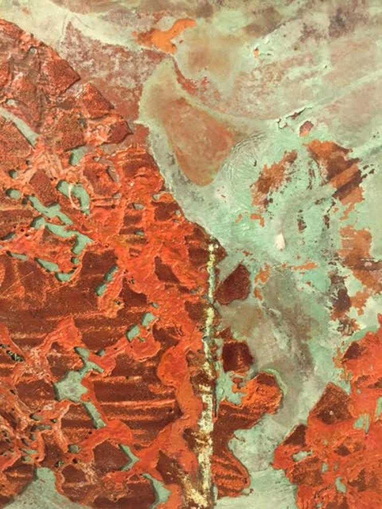 עבודתה של צילה גולדשטיין. מדיה מעורבת על לוח נחושת, 10 לוחות בגדלים משתנים