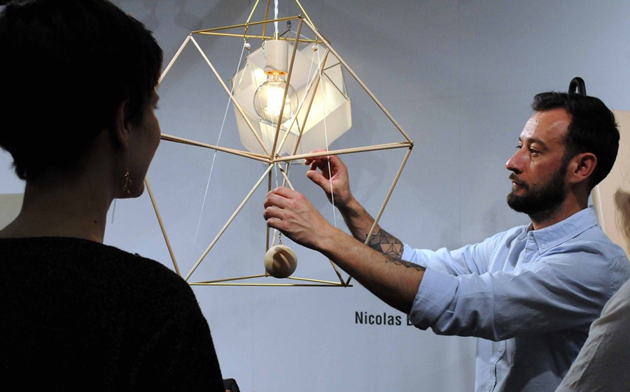 Nicolas Breves - גופי תאורה קינטיים