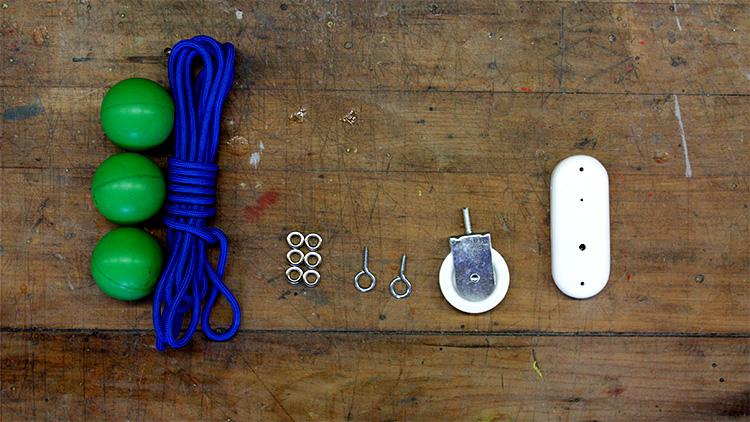מרכיבים פשוטים, זולים וזמינים. צילום: מירב אשריאן.