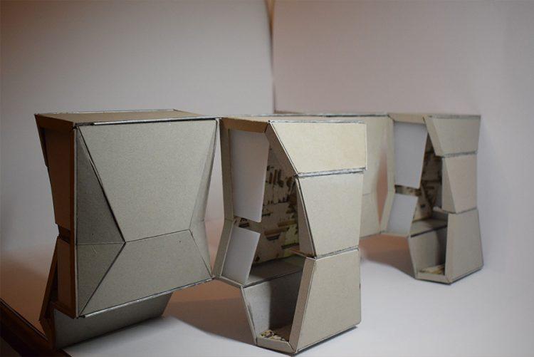 תמונה: מודל 1:10 - תאי האיפור מתוך ההגשה של עמית טל (צילום: עמית טל)