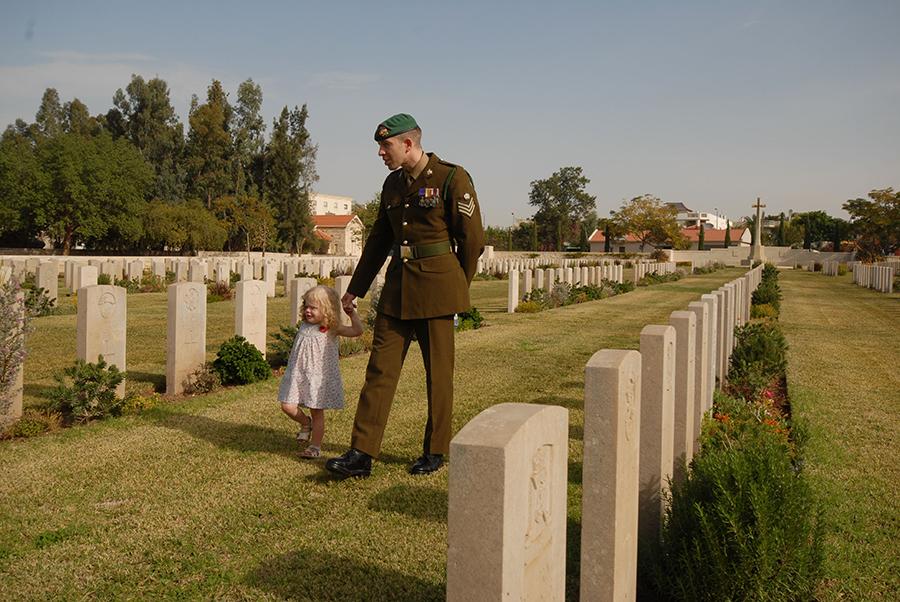 כבוד לנופלים, 2018-1918, בית הקברות הצבאי הבריטי, 2011, צילום_ אמיר הלוי_