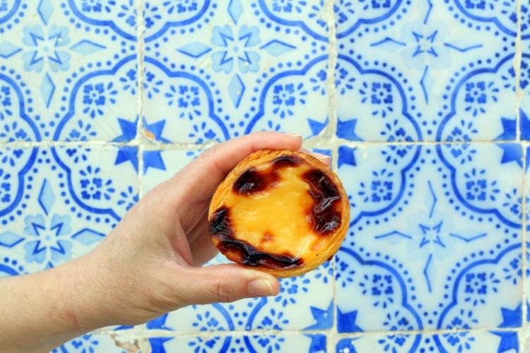 פשתאי דה נאטה, אחד המאכלים הלאומיים של פורטוגל. צילום: שירה מלמד