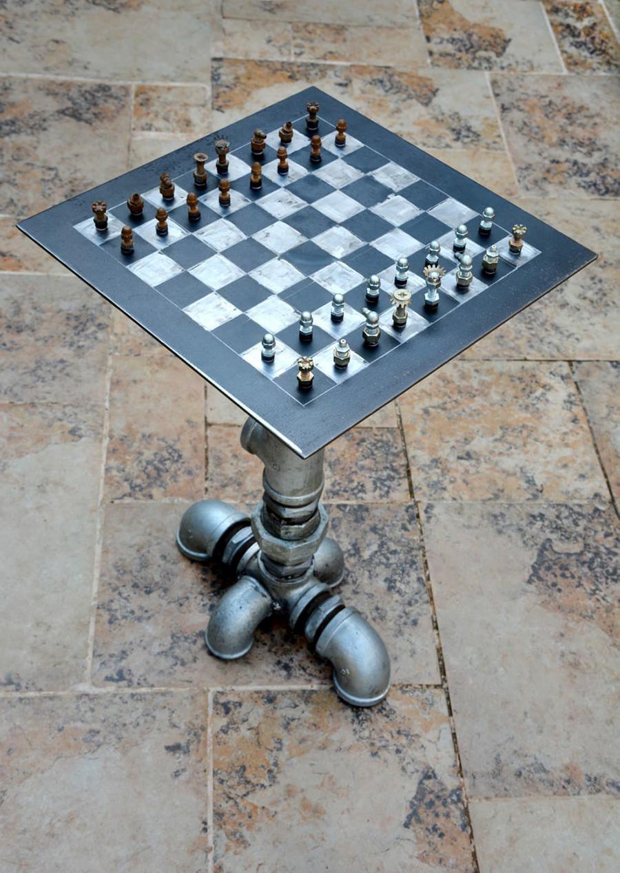 שולחן שחמט